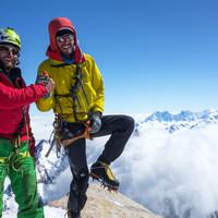 <strong><strong>Stefan und Timo nach der Supercanaleta am Gipfel des Fitz Roy</strong></strong>© Roli Striemitzer