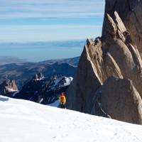 <strong>Timo im Abstieg zum Brecha de los Italianos, von hier seilen wir 5 mal ab </strong>© Stefan Brunner