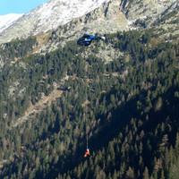 <span><strong>Taubergung mit dem Hubschrauber</strong></span><span class=>© Esther Baum<br /></span>