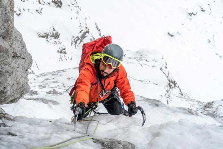 <strong>Felix ist im Begriff die sechste Seillänge vollends auf den letzten Metern zu genießen .</strong><span class=>© Timo Moser</span>