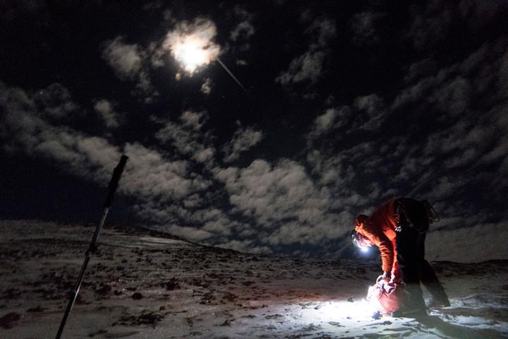 <strong>Der Mond erscheint und die Stimmung steigt.</strong><span class=>© Timo Moser</span>