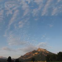 <span><span><strong>Morgenstimmung am Untersberg auf dem Weg nach Ramsau</strong><span class=>© Timo Moser</span></span></span>