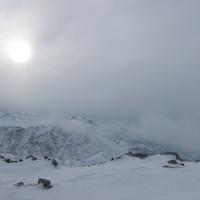 <span><strong>Hochkönig ganz hinten, die Sonne verliert schön langsam den Streit mit den Wolken</strong><span class=>© Timo Moser</span></span>