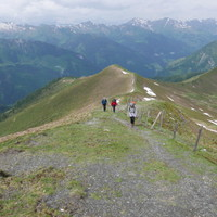 <strong>Die letzen Meter hoch zum Kreuzeck auf 2204m.</strong>© Stefanie Lettner