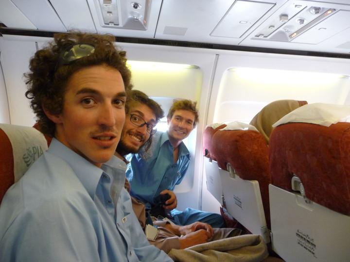 <span><strong>Da grinsen wir noch wenn wir wüssten das bei diesem Flug das Fahrwerk beinaja nicht aufmacht...</strong><span class=>© Timo Moser</span></span>