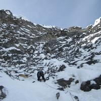 <span><strong>Erste Gipfellänge</strong><span class=>© Berni Egger</span></span>