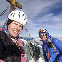 Gipfelfoto von Flo und Timo nach der erfolgreichen Erstbegehung von Säkularis