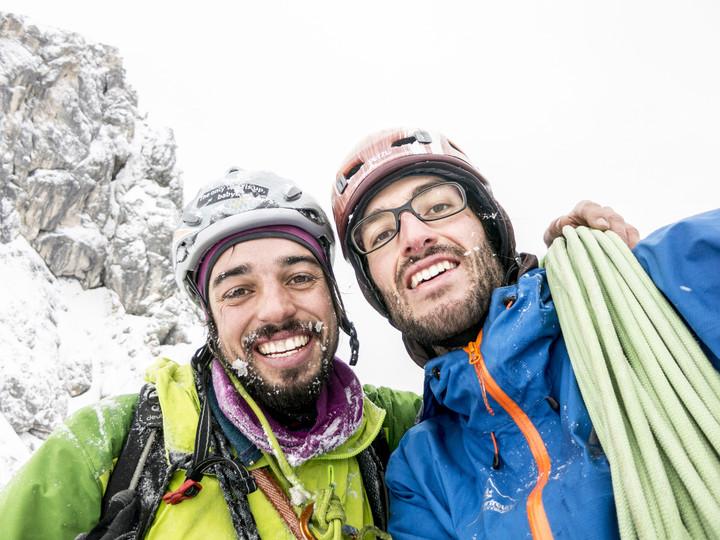 <strong>Felix und Timo am Ausstieg nach der erfolgreichen Erstbegehung vom Eisigen-Eder</strong><span></span><span><span class=>© Timo Moser</span></span>