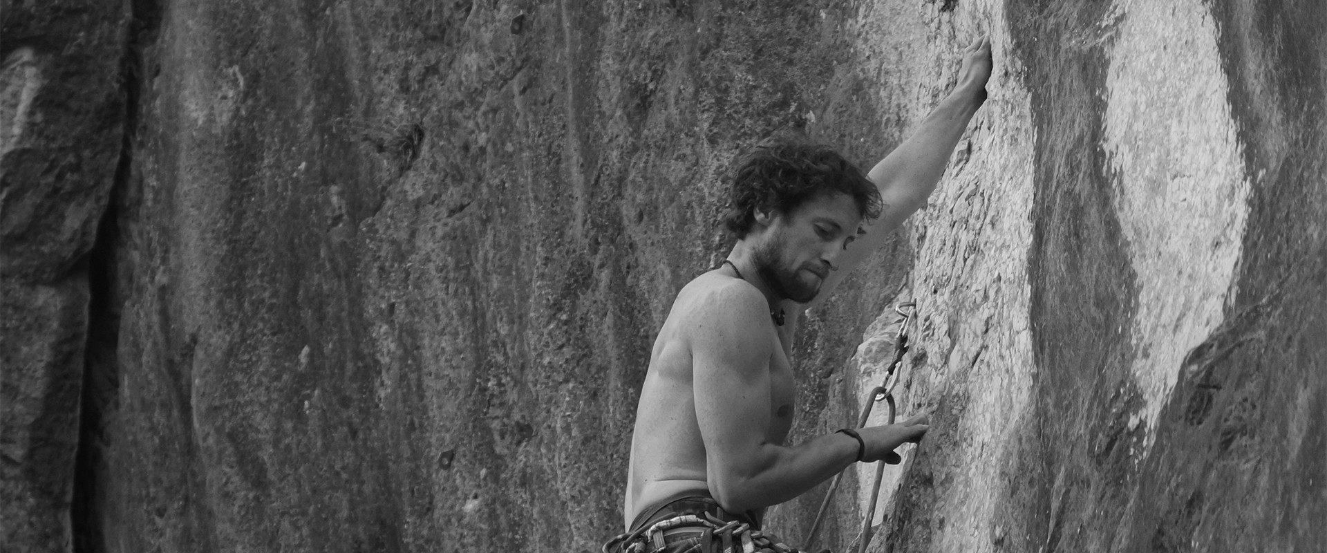 Christoph beim Klettern am Barmstein