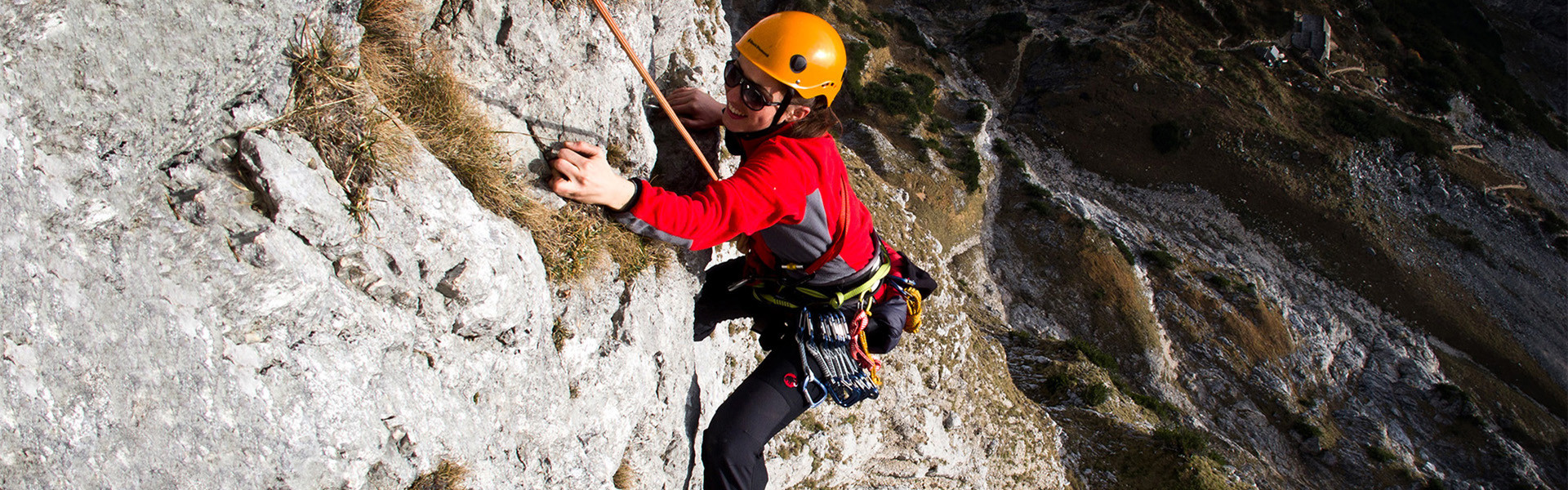 Kletterer im alpinen Gelände am Blausandpfeiler-Untersberg