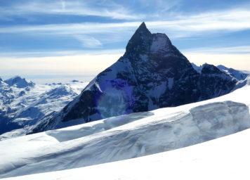 Thumbnail http://Matterhorn%20im%20Winter%20mit%20Ski