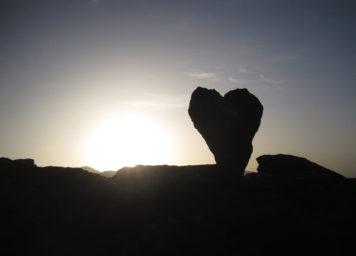 Herzstein Sonnenaufgang Herzen sehen